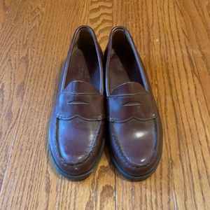 BASS WEEJUNS Vintage 1980s Penny Loafers